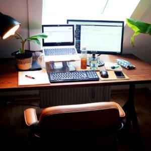 Home Office Mindplay Marketing München Schreibtisch